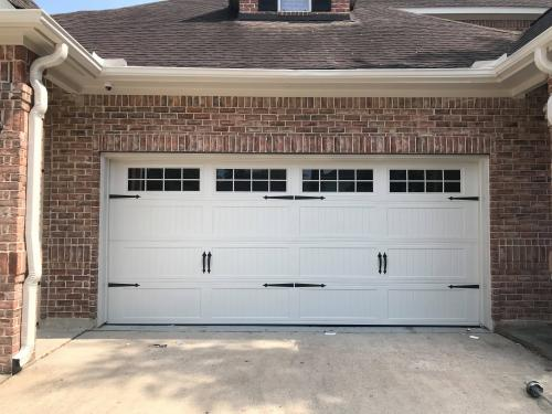Appealing garage doors   Most common repair  - Imagen 1